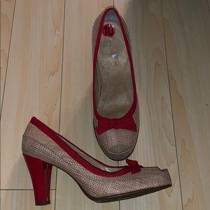 Aerosols heels amazing condition size 10